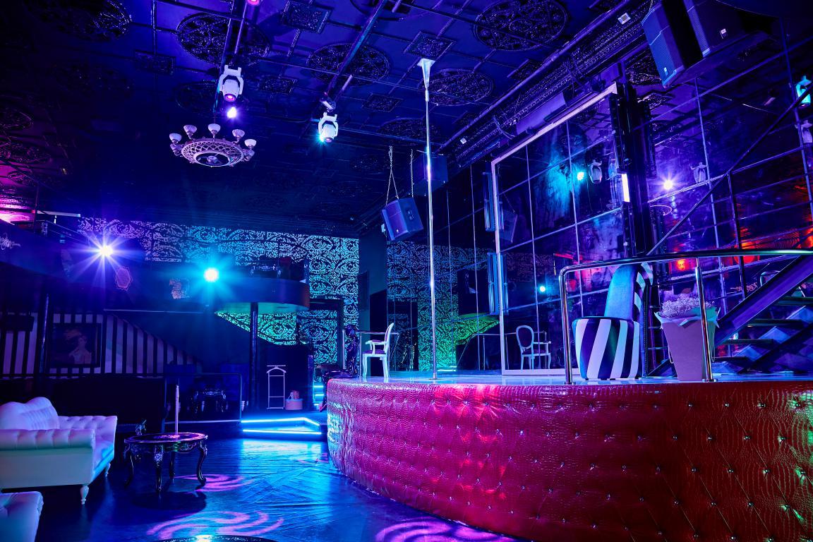 The Perch — стриптиз-клуб на Баррикадной